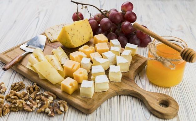 сыр и мёд